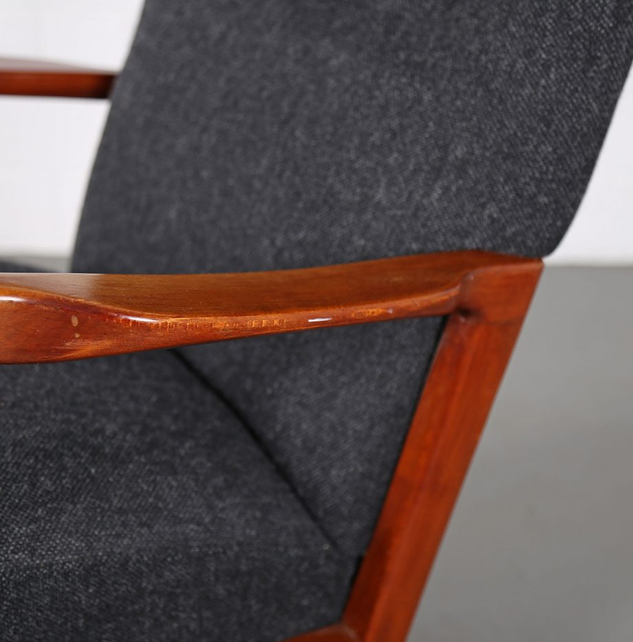 Fritz_Hansen_Soeren_Hansen_Hammerhead_Wingbackchair_50er_1951_Danish_Design_Kvadrat_Wool_Teak_Chair_23