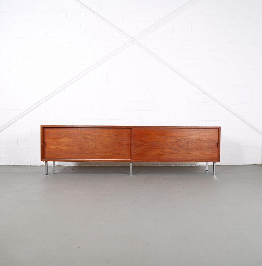 Helmut_Magg_Deutsche_Werkstätten_Sideboard_Ledergriffe_Wandhaengend_Floating_Wandsideboard_Teak_50_60er_Design_gross_04