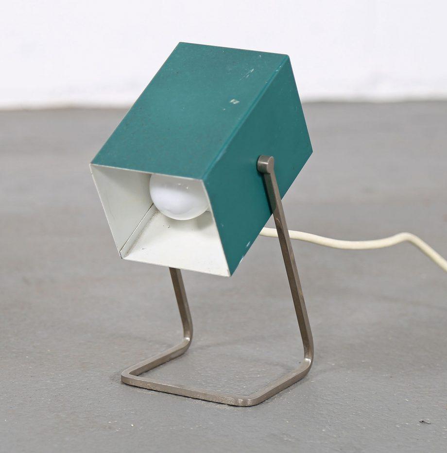 Kaiser_Leuchten_Modell_45097_A_Cube_Wuerfelleuchte_Tischleuchte_Table_Lamp_50er_60er_Design_gruen_03