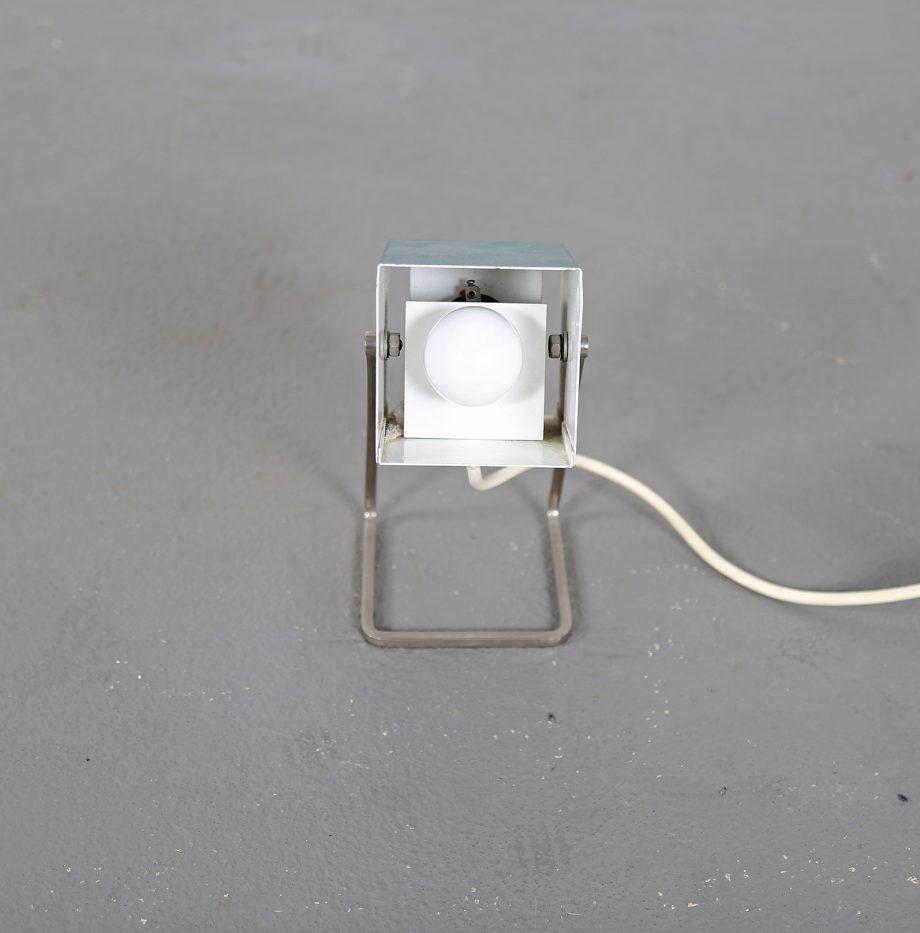 Kaiser_Leuchten_Modell_45097_A_Cube_Wuerfelleuchte_Tischleuchte_Table_Lamp_50er_60er_Design_gruen_06