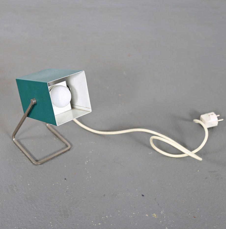 Kaiser_Leuchten_Modell_45097_A_Cube_Wuerfelleuchte_Tischleuchte_Table_Lamp_50er_60er_Design_gruen_07