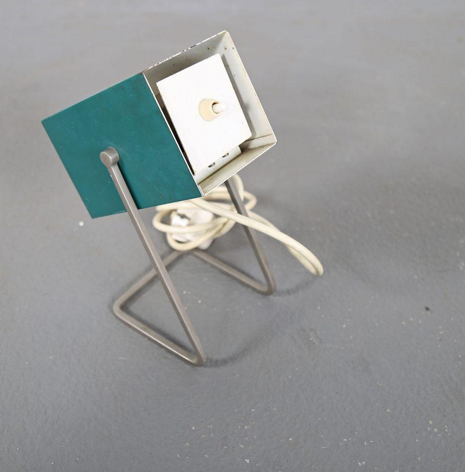 Kaiser_Leuchten_Modell_45097_B_Cube_Wuerfelleuchte_Tischleuchte_Table_Lamp_50er_60er_Design_gruen_05