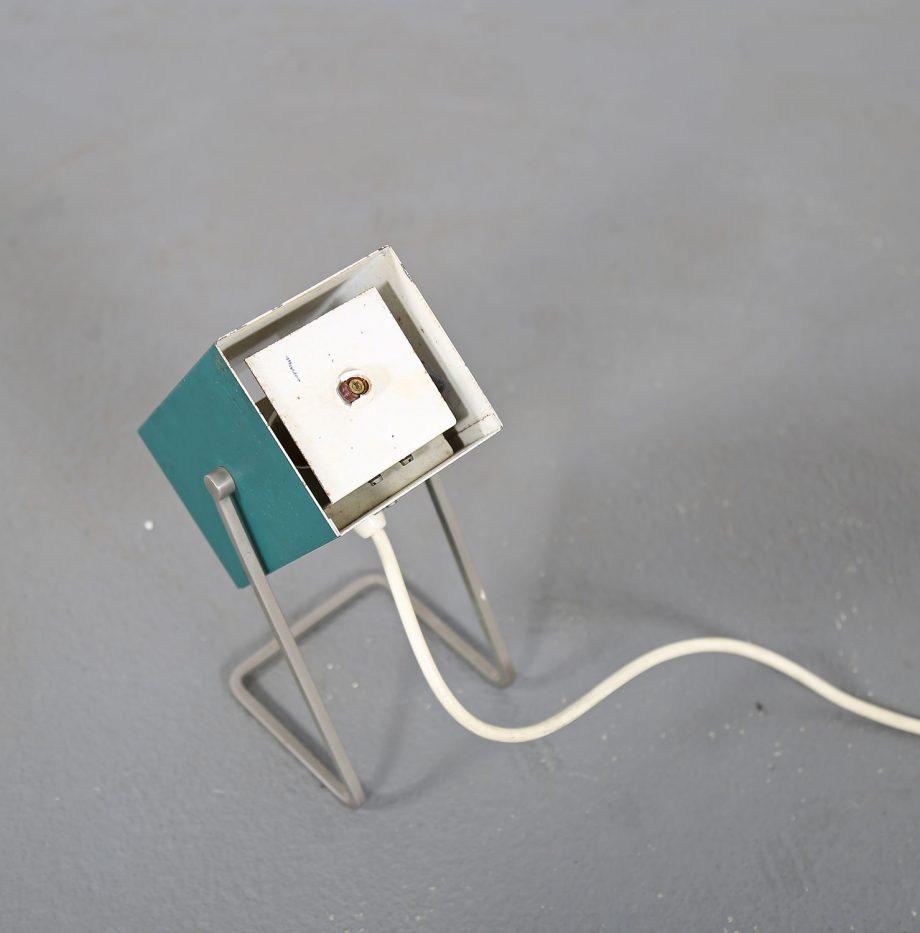 Kaiser_Leuchten_Modell_45097_C_Cube_Wuerfelleuchte_Tischleuchte_Table_Lamp_50er_60er_Design_gruen_08