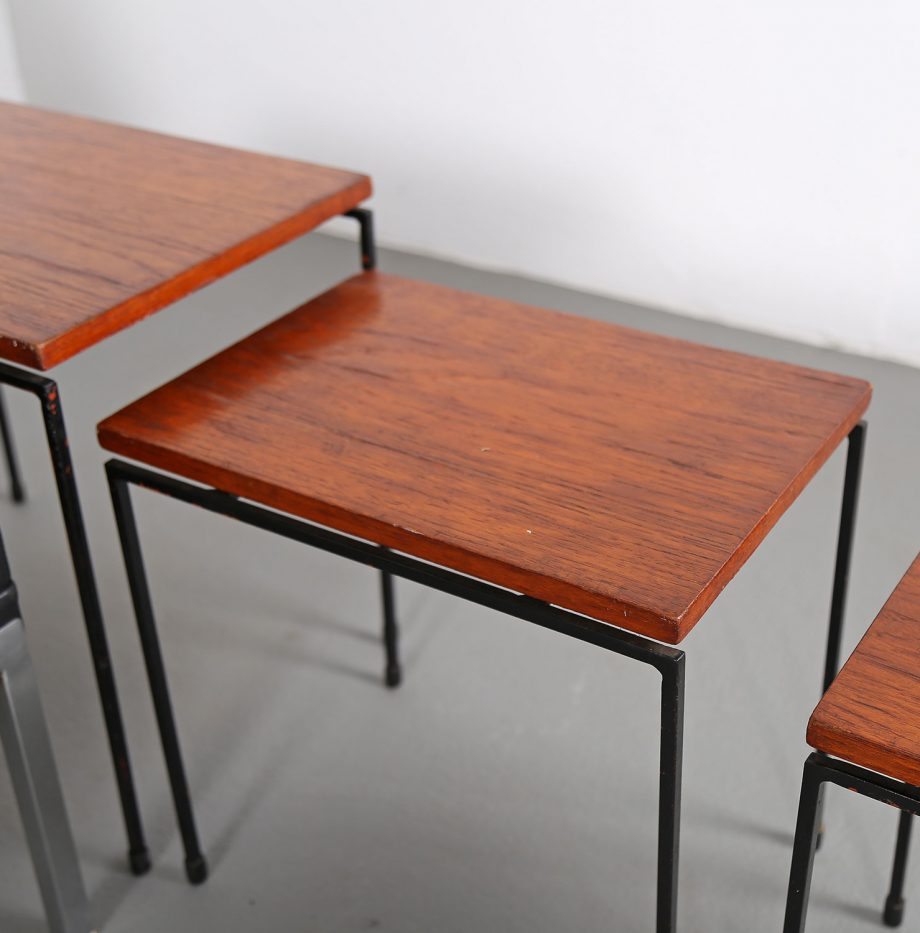 Nesting_Tables_Satztische_Set_Cees_Braakman_Pastoe_Style_60er_Design_Teak_minimalistische_Beistelltische_05