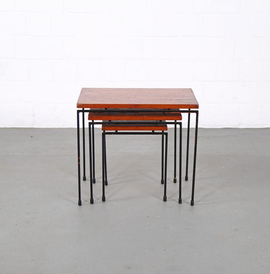 Nesting_Tables_Satztische_Set_Cees_Braakman_Pastoe_Style_60er_Design_Teak_minimalistische_Beistelltische_11