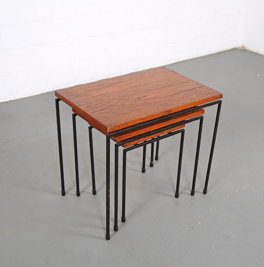 Nesting_Tables_Satztische_Set_Cees_Braakman_Pastoe_Style_60er_Design_Teak_minimalistische_Beistelltische_14
