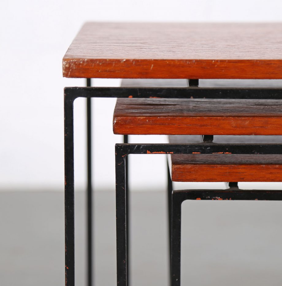 Nesting_Tables_Satztische_Set_Cees_Braakman_Pastoe_Style_60er_Design_Teak_minimalistische_Beistelltische_16