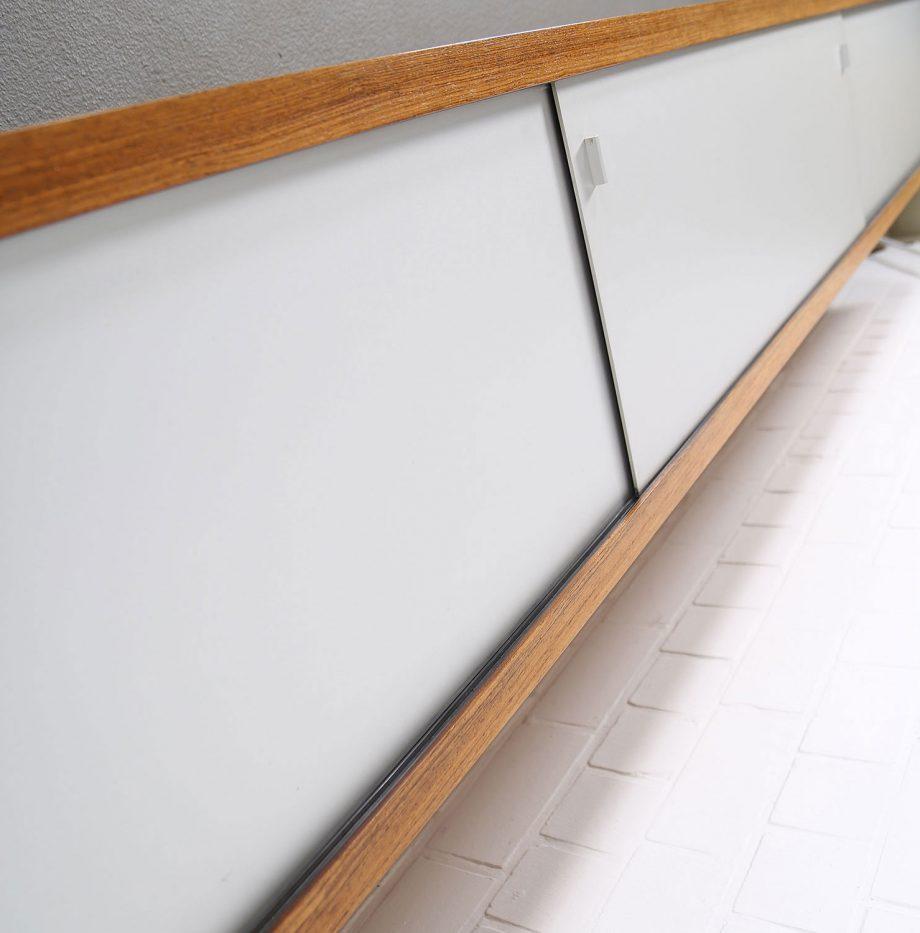 Schwebendes_Sideboard_Rosewood_Wall_Mounted_Horst_Bruening_Behr_1730_60er_Design_1967_08