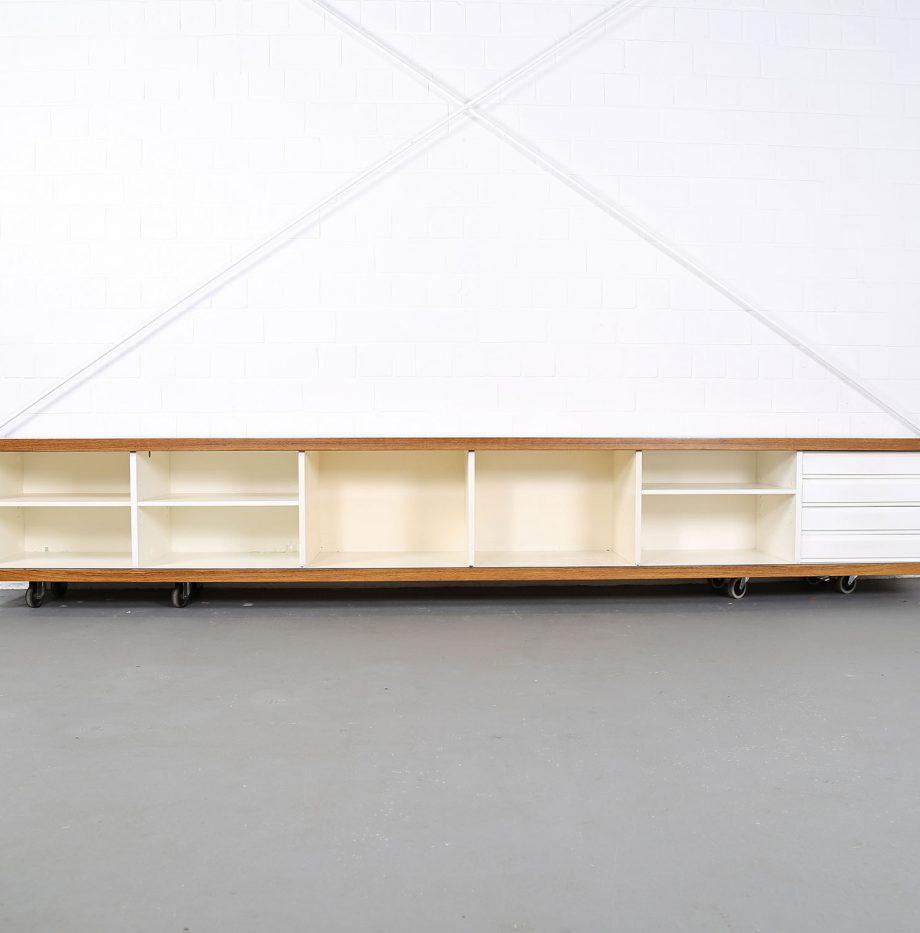 Schwebendes_Sideboard_Rosewood_Wall_Mounted_Horst_Bruening_Behr_1730_60er_Design_1967_09