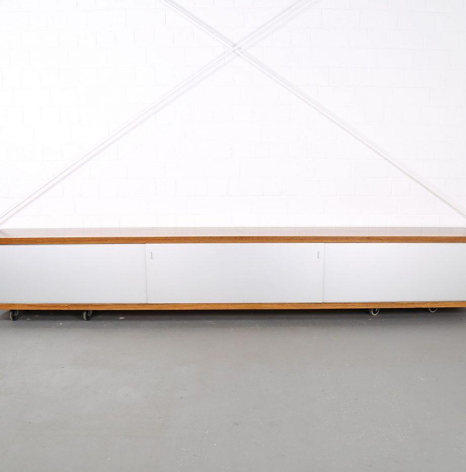 Schwebendes_Sideboard_Rosewood_Wall_Mounted_Horst_Bruening_Behr_1730_60er_Design_1967_12
