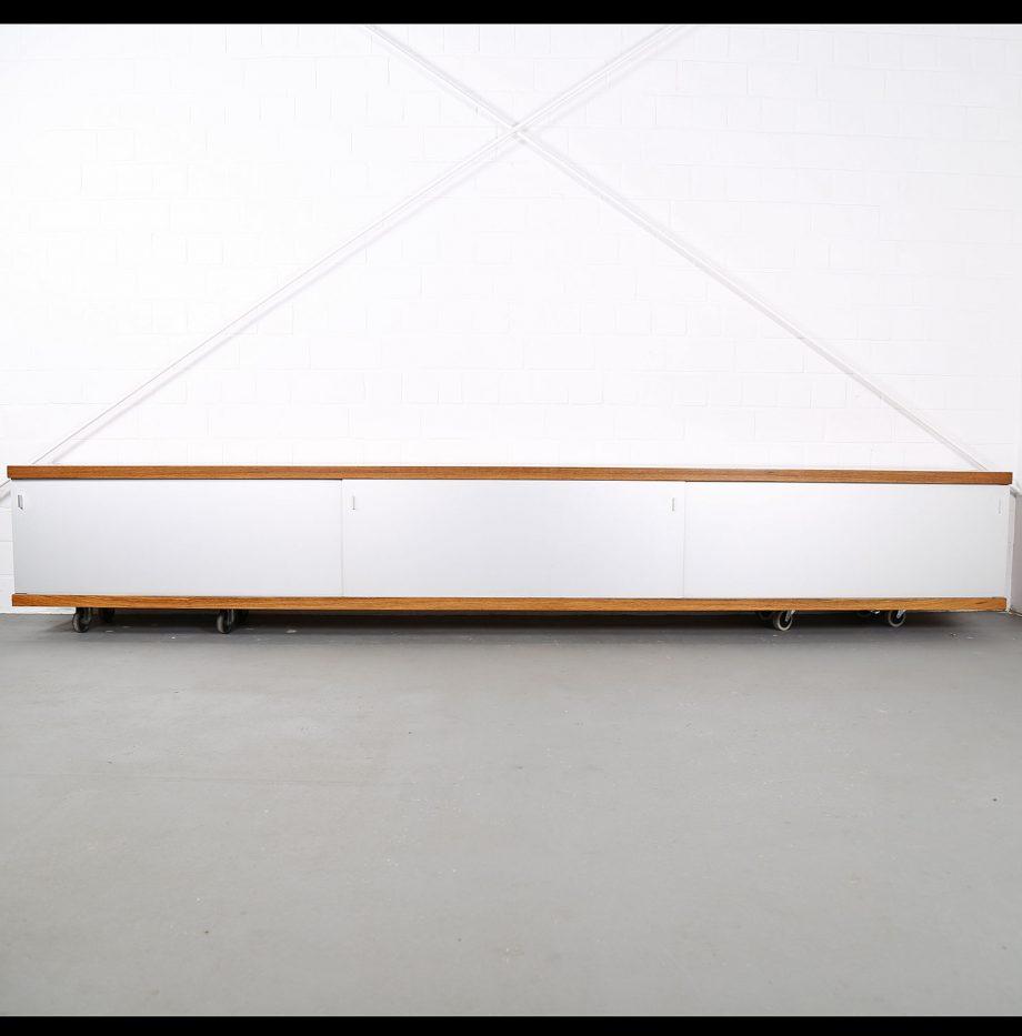 Schwebendes_Sideboard_Rosewood_Wall_Mounted_Horst_Bruening_Behr_1730_60er_Design_1967_13
