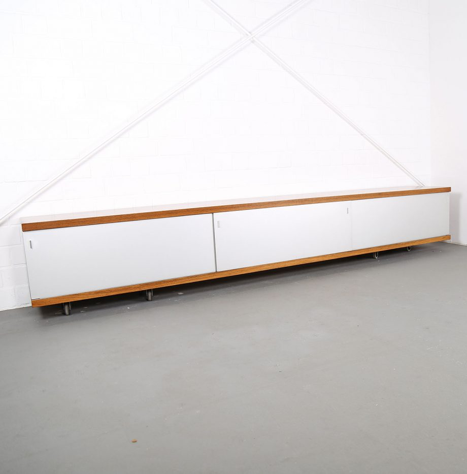 Schwebendes_Sideboard_Rosewood_Wall_Mounted_Horst_Bruening_Behr_1730_60er_Design_1967_14