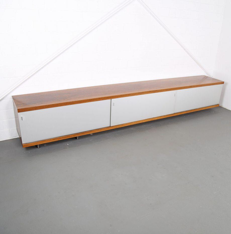 Schwebendes_Sideboard_Rosewood_Wall_Mounted_Horst_Bruening_Behr_1730_60er_Design_1967_24