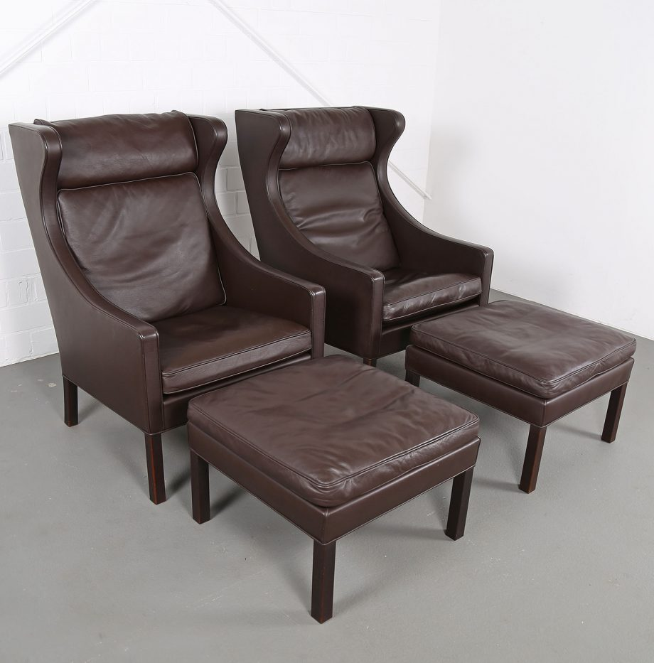Sessel_Borge_Mogensen_Fredericia_Modell_2204_Ledersessel_mit_Hocker_Set_braun_leather_darkbrown_wingback-chair_ottoman_03