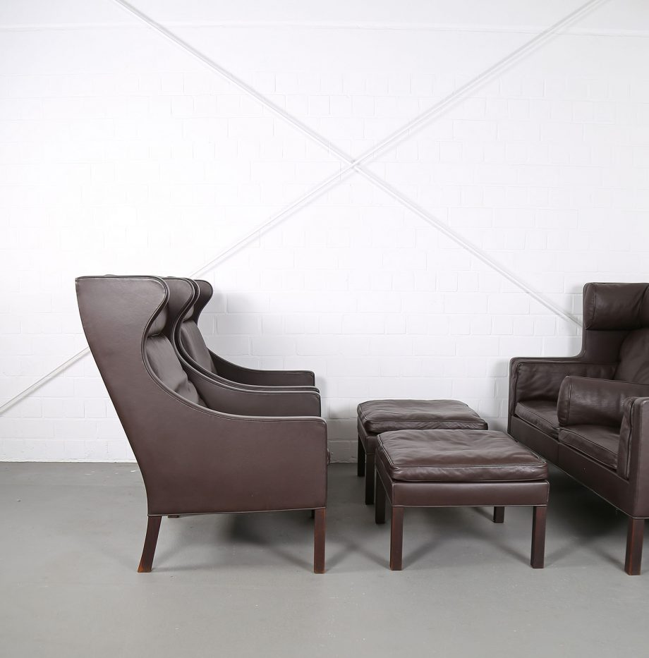 Sessel_Borge_Mogensen_Fredericia_Modell_2204_Ledersessel_mit_Hocker_Set_braun_leather_darkbrown_wingback-chair_ottoman_05