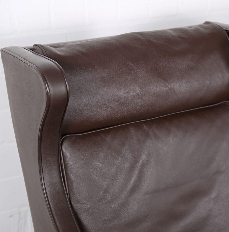 Sessel_Borge_Mogensen_Fredericia_Modell_2204_Ledersessel_mit_Hocker_Set_braun_leather_darkbrown_wingback-chair_ottoman_06