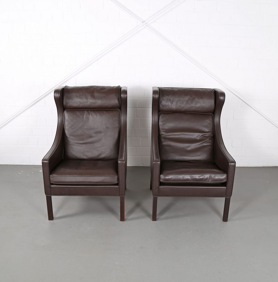 Sessel_Borge_Mogensen_Fredericia_Modell_2204_Ledersessel_mit_Hocker_Set_braun_leather_darkbrown_wingback-chair_ottoman_12