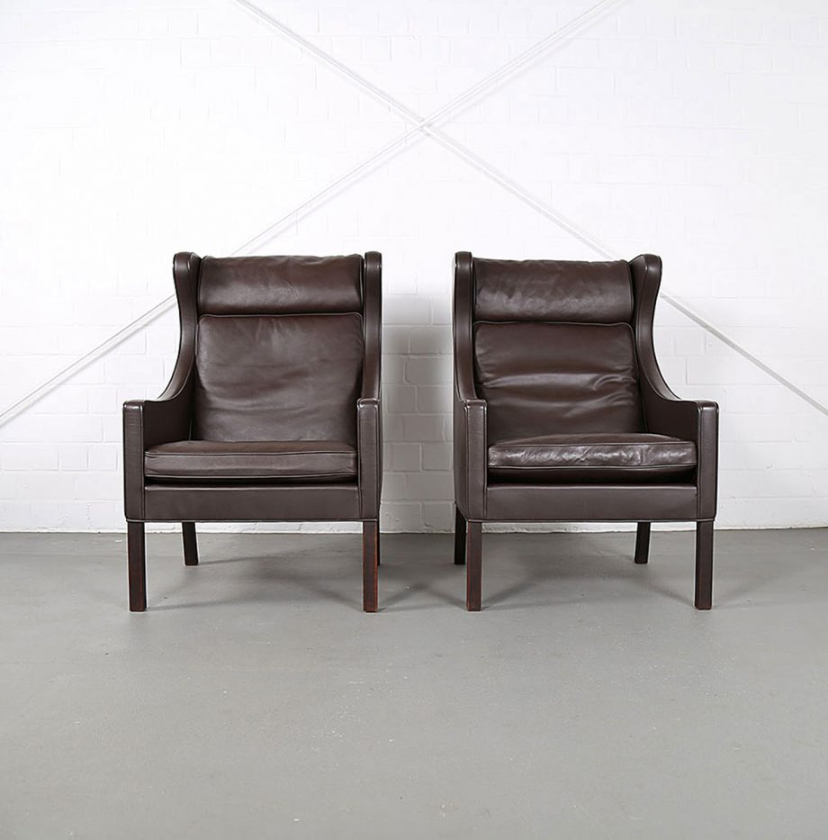 Sessel_Borge_Mogensen_Fredericia_Modell_2204_Ledersessel_mit_Hocker_Set_braun_leather_darkbrown_wingback-chair_ottoman_13