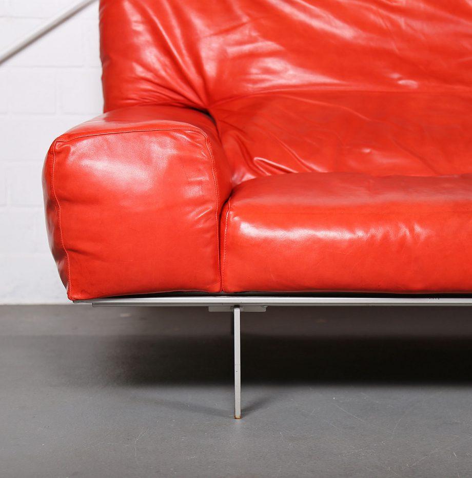 Erba_Italia_Sofa_Leahter_Giorgio_Soressi_Italy_Design_Maralunga_Cassina_kjaerholm_luxury_04
