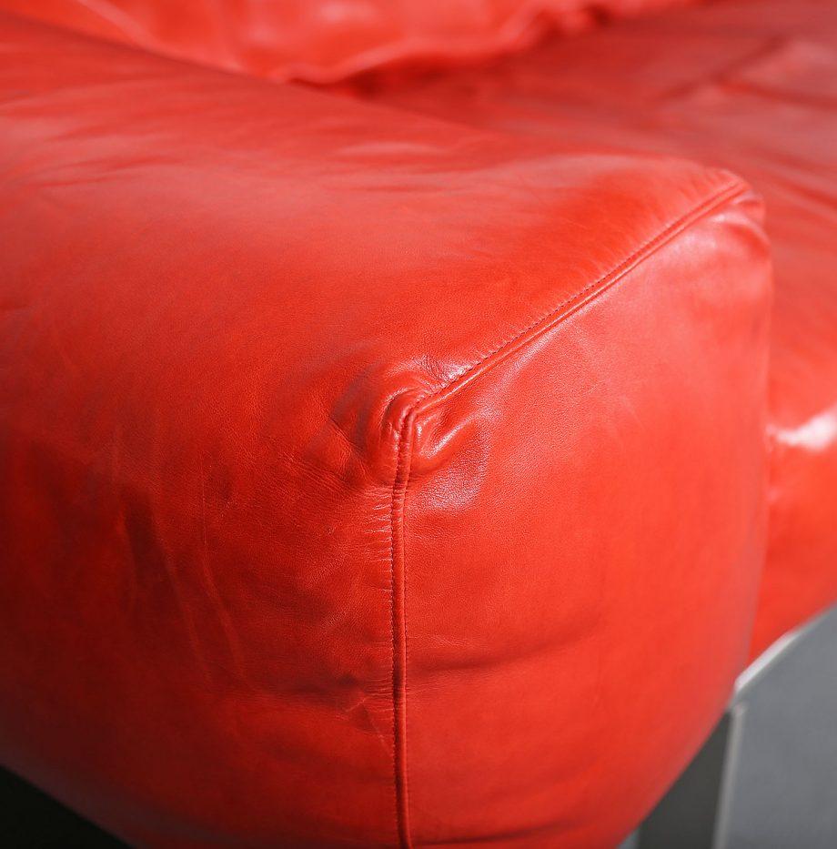 Erba_Italia_Sofa_Leahter_Giorgio_Soressi_Italy_Design_Maralunga_Cassina_kjaerholm_luxury_07