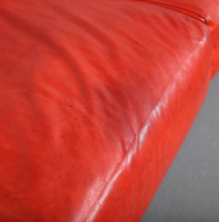 Erba_Italia_Sofa_Leahter_Giorgio_Soressi_Italy_Design_Maralunga_Cassina_kjaerholm_luxury_09