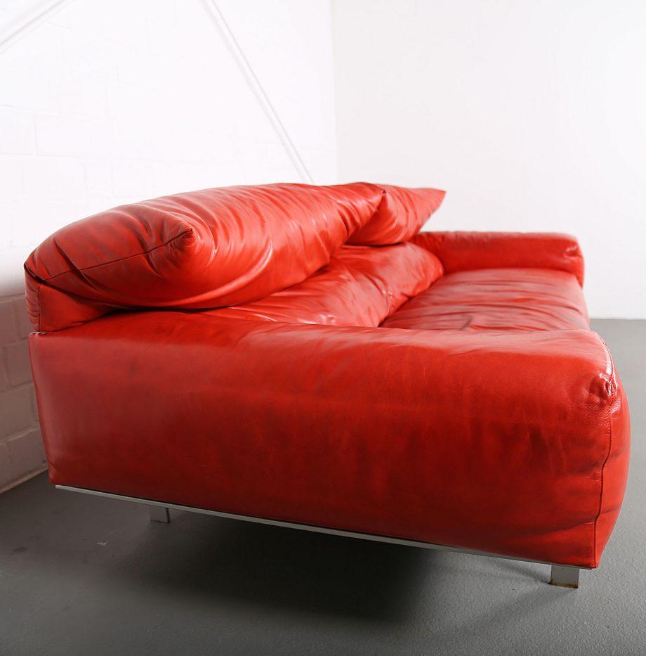 Erba_Italia_Sofa_Leahter_Giorgio_Soressi_Italy_Design_Maralunga_Cassina_kjaerholm_luxury_22