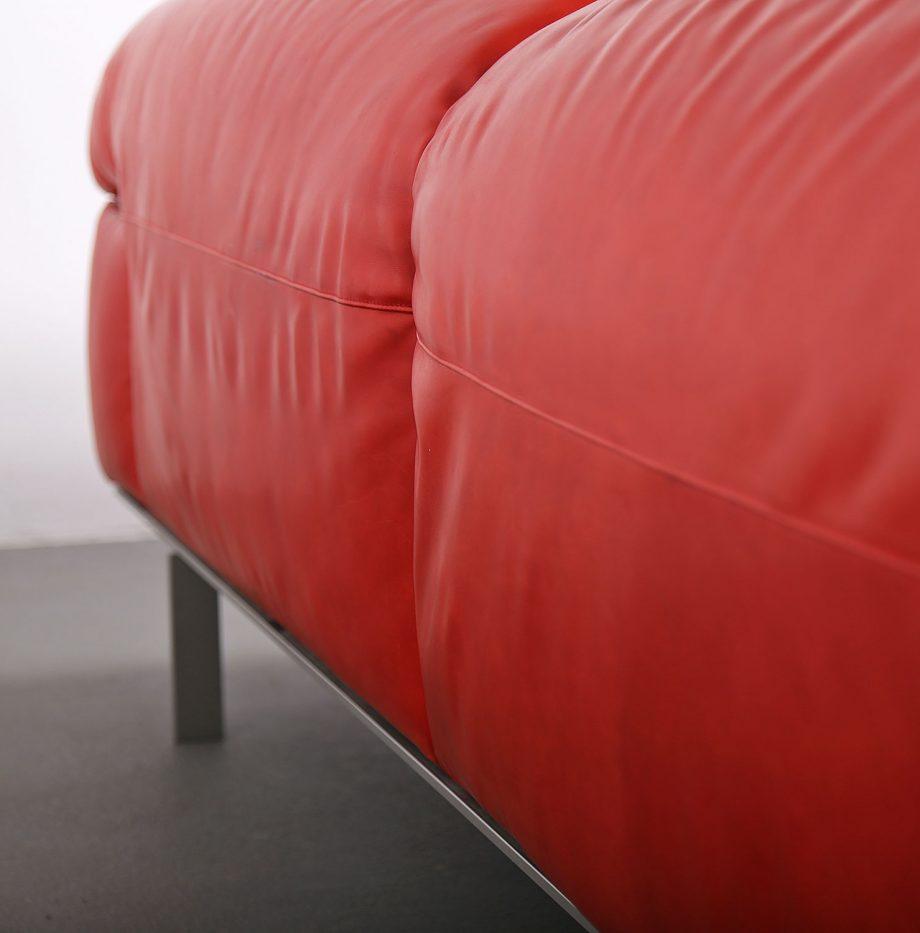 Erba_Italia_Sofa_Leahter_Giorgio_Soressi_Italy_Design_Maralunga_Cassina_kjaerholm_luxury_24