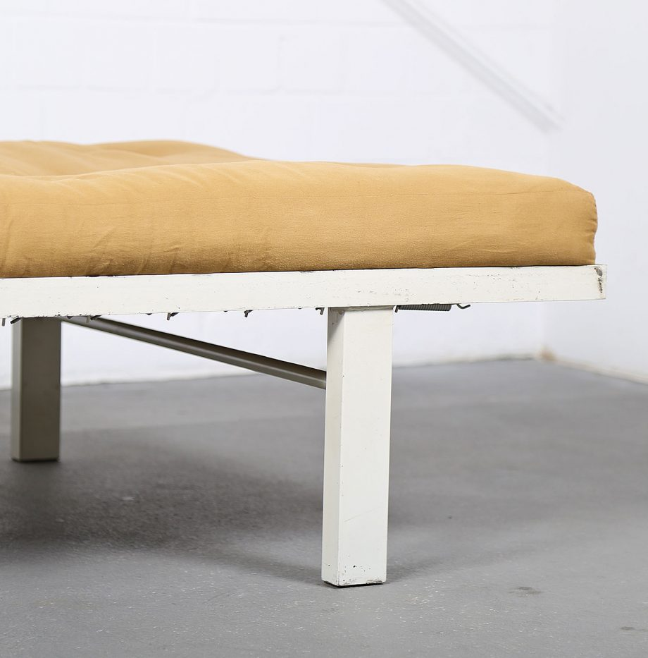 Midcentury_Modern_Design_French_Daybed_Prouve_Jeanerett_Metal_Bed_Futon_minimalist_11