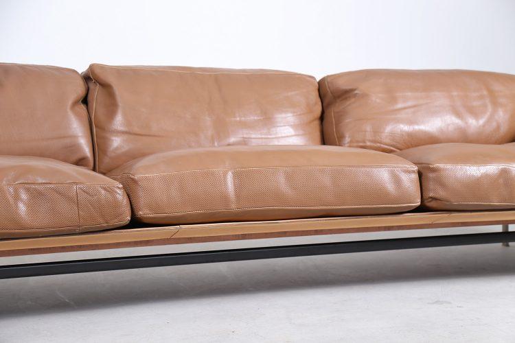 Diesis_3-seater_Sofa_Antonio_Citterio_Paoplo_Nava_BB_Italia_80s_Design_Italy